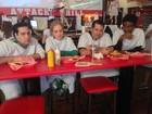 Angélica leva Hassum para comer hambúrguer mais calórico do mundo