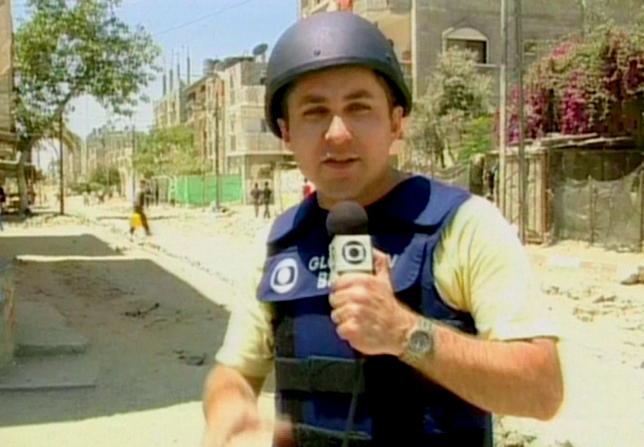 Marcos Losekan em sua estreia como correspondente de guerra em Jerusalém  (Foto: Frame de vídeo/TV Globo)
