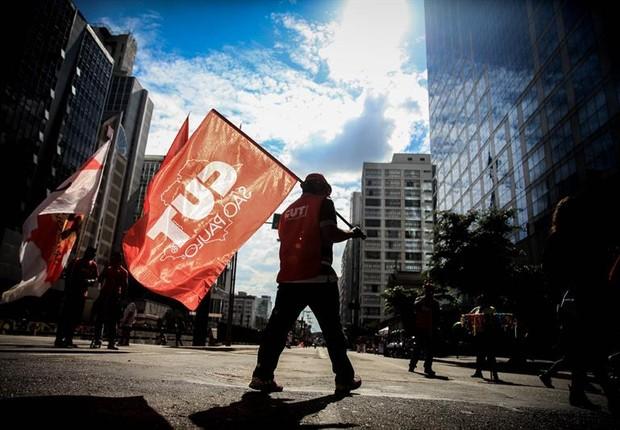 Central Única dos Trabalhadores, dia do trabalho, manifestação (Foto: FERNANDO BIZERRA/EFE)