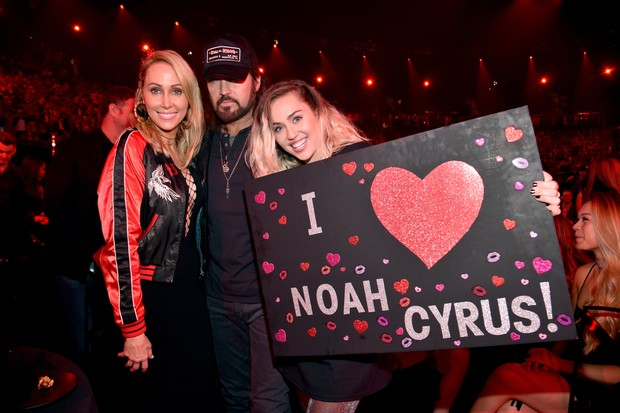 Tish, Billy Ray e Miley Cyrus (Foto: Getty)