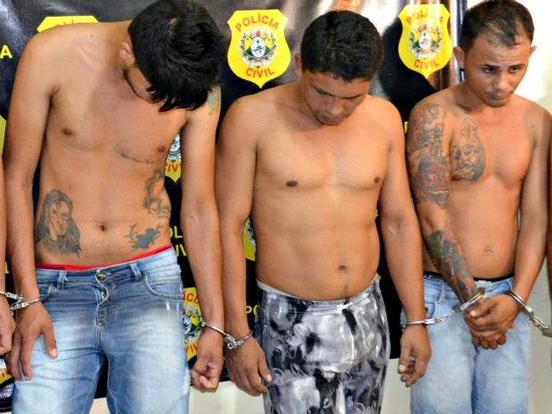 Nunes Pereira (esq.), Erlandio Barbosa (centro), e Geovani da Silva (dir.) foram presos pela DRE (Foto: Aline Nascimento/G1)