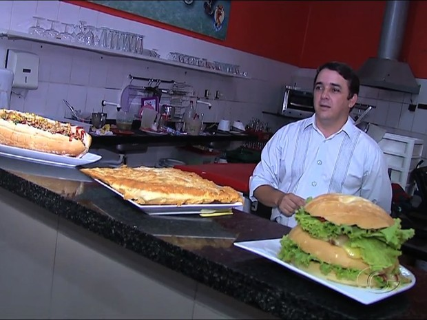 Comidas gigantes são tendência em Maceió (Foto: Reprodução/TV Gazeta)