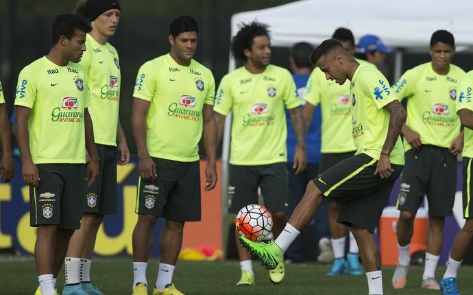 Neymar treino seleção Nova Jersey (Foto  Leo Correa   MoWA Press) 65127f45e8955
