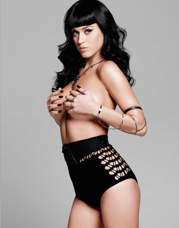 Katy Perry na 'Esquire' britânica de agosto de 2010. (Foto: Reprodução)