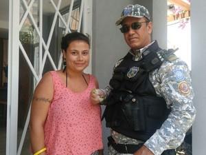 Iguana será encaminhada nesta quarta-feira (1º) para o Ibama (Foto: Guarda Municipal de Salvador/ Divulgação)