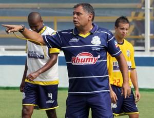 Toninho Andrade, técnico do Macaé (Foto: Tiago Ferreira/Divulgação)