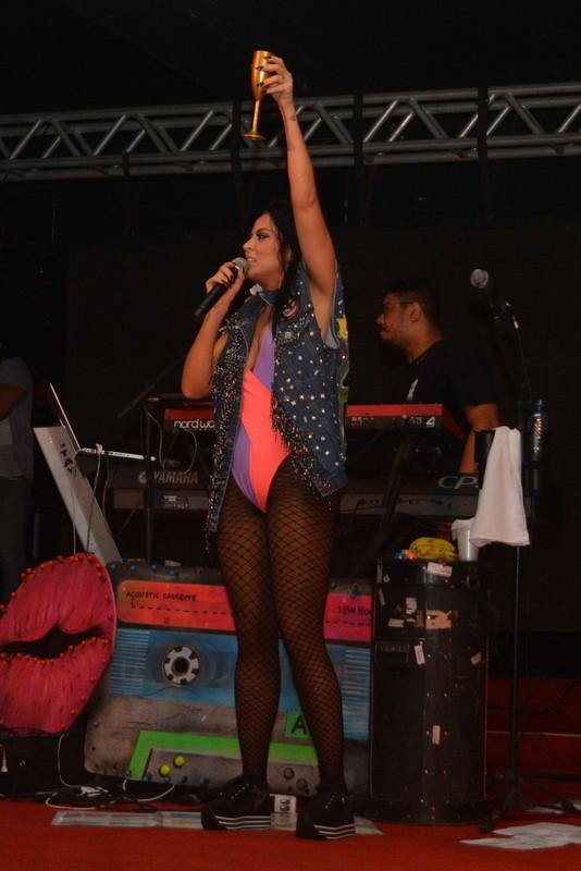 Alinne Rosa faz show em Recife (Foto: Felipe Souto Maior/Agnews)
