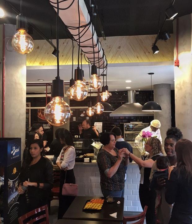 Olivier Anquier abre padaria no icônico edifício Esther (Foto: Michell Lott)