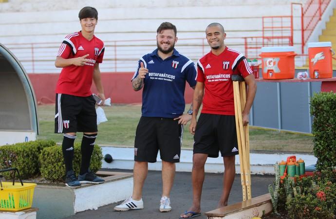 Rogério Liporaci e Gilmak (Foto: Rogério Moroti/Ag. Botafogo)