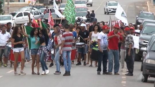 Cidades na Bahia têm protestos contra reforma da previdência