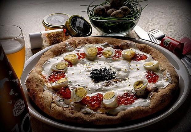 Pizza com caviar e pó de ouro da pizzaria Cortei dei Medici: a mais cara do mundo (Foto: Reprodução/Trip Advisor)