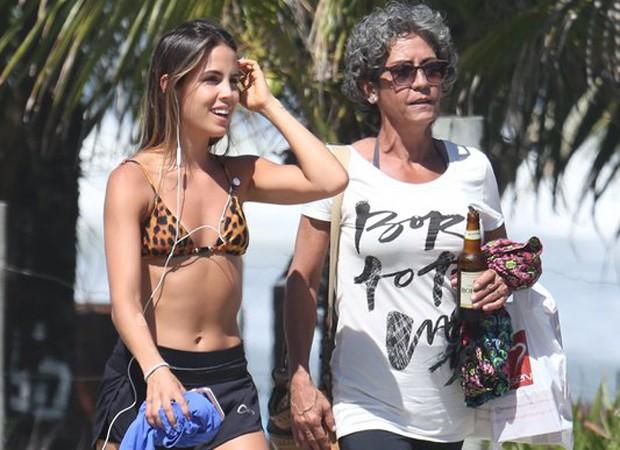 Pérola Faria e a mãe, Ana Lúcia (Foto: AgNews)