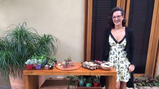 Paisagista Adriana Schuler ensina a criar um minijardim de suculentas com rolhas