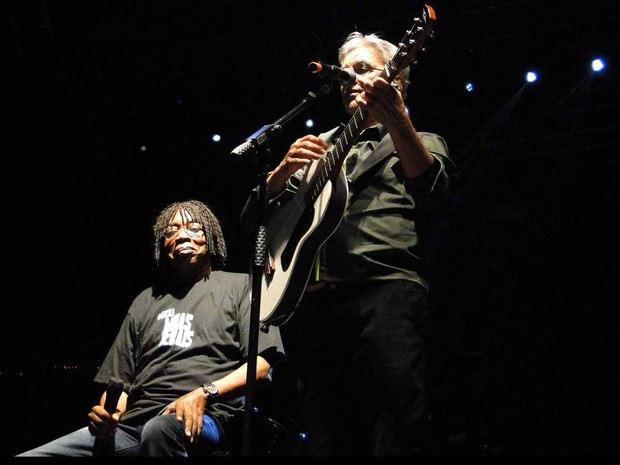 Caetano Veloso e Milton Nascimento cantaram juntos (Foto: Raquel Freitas/G1)
