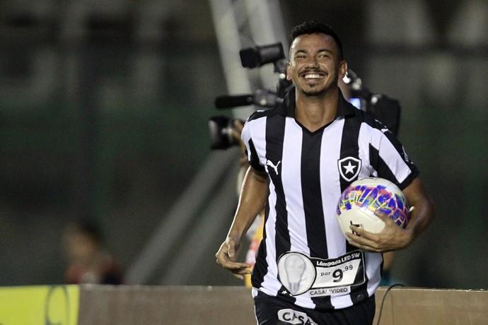 Rodrigo Lindoso - Botafogo (Foto: Reprodução/Twitter)