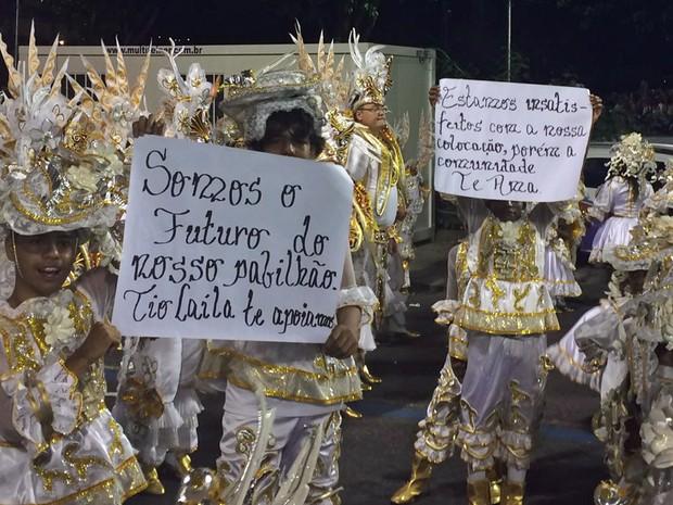 Comunidade da Beija-Flor apoiou Laíla (Foto: Lívia Torres / G1)