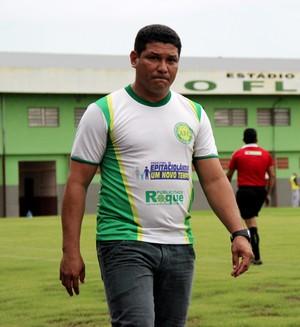 Serginho Gois, técnico do Alto Acre (Foto: João Paulo Maia)