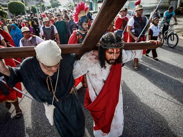 Igreja dos Capuchinhos, em Belém, lembrou sofrimento de Jesus antes de ser crucificado (Foto: Tarso Sarraf/O Liberal)