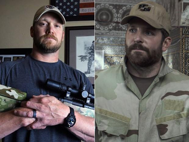 À esquerda, Chris Kyle em foto de 2012, e, à dir., Bradley Cooper em 'Sniper americano' (Foto: Paul Moseley/The Fort Worth Star-Telegram/AP e Divulgação)