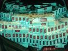 Carro com 20 caixas de cigarros ilegais é apreendido em Quadra