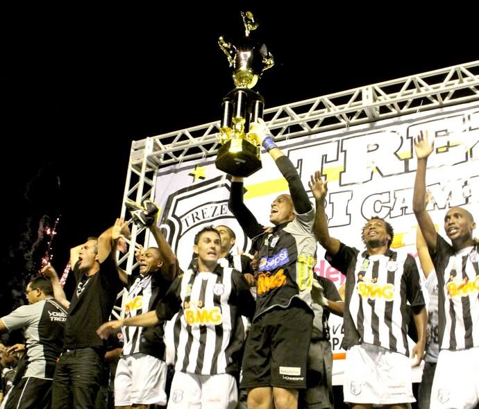 treze, campeão paraibano de 2011 (Foto: Leonardo Silva / Jornal da Paraíba)