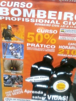 Curso oferece formação para bombeiros civis em Cruzeiro do Sul  (Foto: Adelcimar Carvalho/G1)