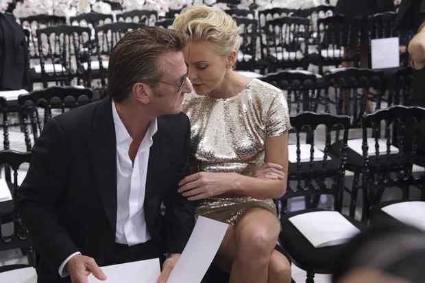Sean Penn e Charlize Theron (Foto: REUTERS)