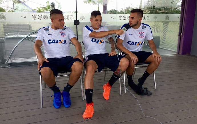 Léo Jabá, Guilherme Arana e Maycon Corinthians (Foto: Diego Ribeiro)