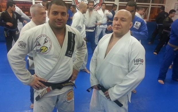 Carlson Gracie e Mestre Passarinho (Foto: Diego Alves)
