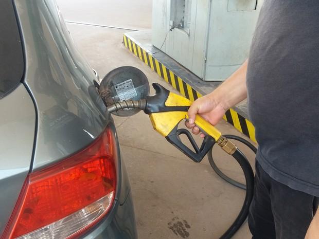 posto combustível macapá gasolina (Foto: John Pacheco/G1)