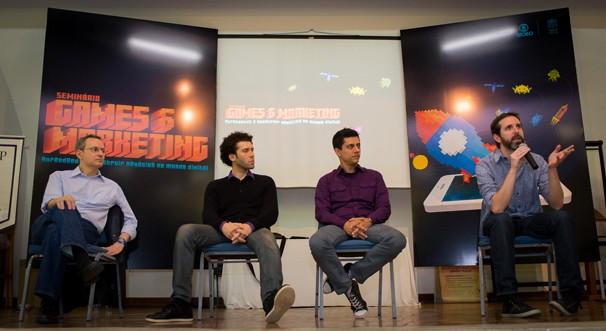 Os palestrantes falaram sobre o desenvolvimento de negócios na área de games (Foto: Bob Paulino)