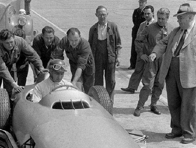 Juan Manuel Fangio, pentacampeão mundial de Fórmula 1 (Foto: Divulgação)
