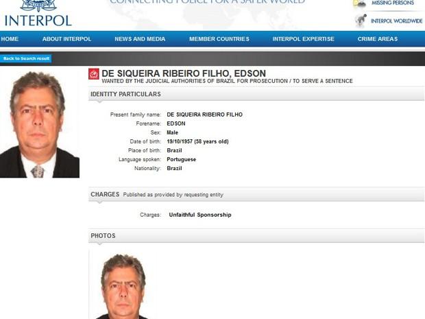 Site da Interpol usa foto do advogado de Cerveró, Edson Ribeiro, e diz que ele é procurado pela Justiça brasileira (Foto: Reprodução)
