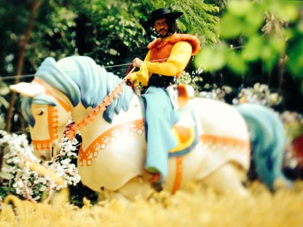 O cavalo de Zelão é todo articulado - e caminha! (Foto: Divulgação/TV Globo)