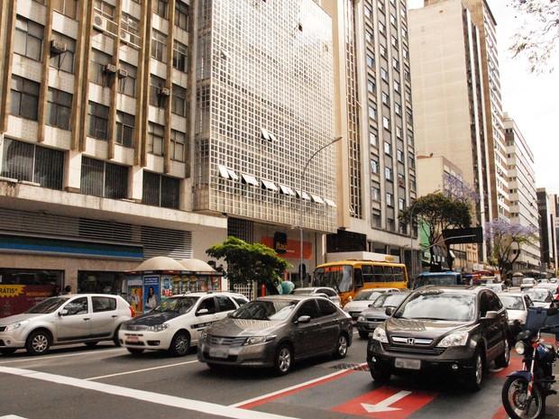 Carros sem licenciamento podem ser apreendidos pela polícia (Foto: Divulgação/Detran-PR)