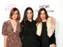 Demi Moore vai com as filhas a evento repleto de famosas
