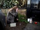 Fãs choram durante homenagens a George Michael na Inglaterra