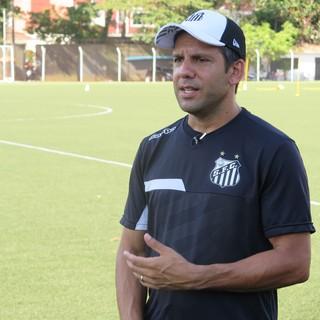 Marcos Soares, técnico do Santos sub-20 - Copinha 2017 (Foto: Antonio Marcos)