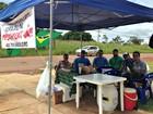 Grupo permanece acampado em frente ao prédio da PF no Acre