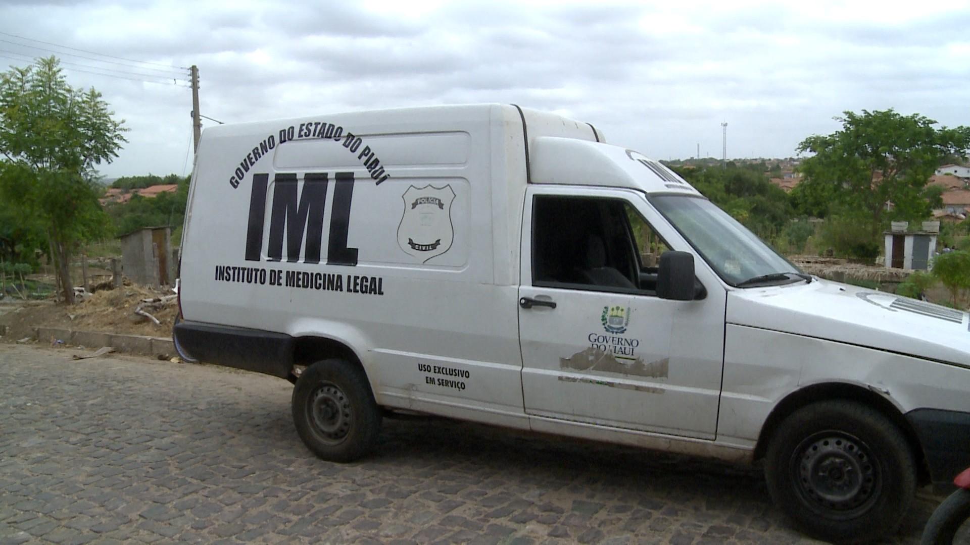 Resultado de imagem para Vinte corpos aguardam exames para serem liberados do IML em Teresina