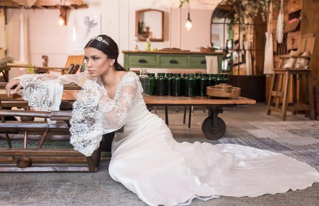 """Beleza noiva: inspire-se no make e cabelo clean para o dia do """"sim"""" (Foto: Divulgação)"""