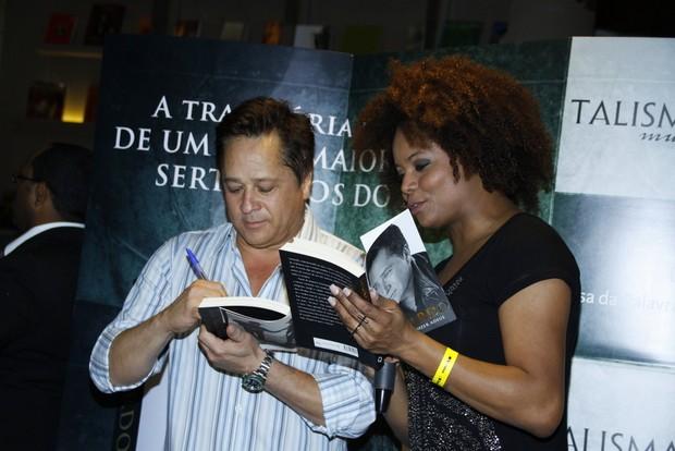 Adriana Bombom tieta Leonardo (Foto: Graça Paes/ Photo Rio News)