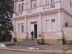Prefeitura de Laguna tem R$ 400 mil bloqueados para pagar servidores