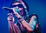Wiz Khalifa quer que fãs joguem maconha no palco em shows no país
