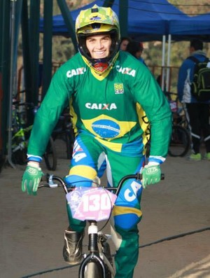 Thaynara Morosini, atleta capixaba do BMX (Foto: Divulgação/Arquivo Pessoal)