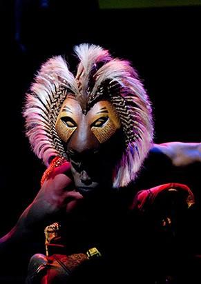 Na produção brasileira, os temas originais ganham versões de Gilberto Gil (Foto: Divulgação)