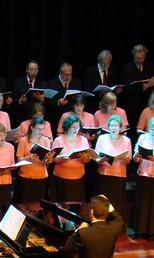 Coro do Colégio Visconde de Porto Seguro (Foto: Marcelo Vigneron/Divulgação)