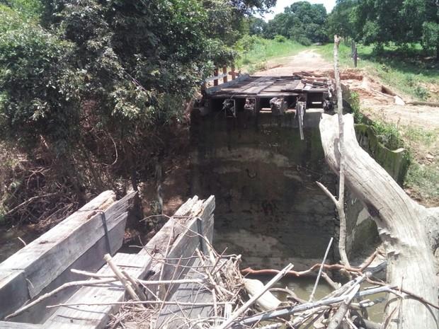 Enchente do Rio da Prata levou várias pontes em Cavalcante, Goiás (Foto: Divulgação/ Defesa Civil)