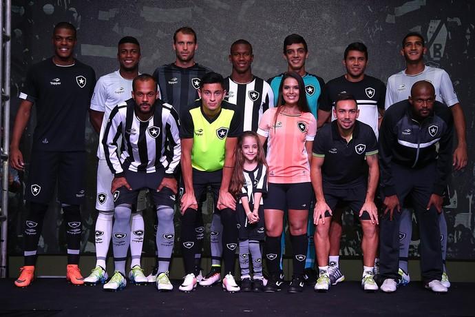 Botafogo Uniforme Topper (Foto  Vitor Silva   SSpress   Botafogo) Novos ... 140b39f141f5b