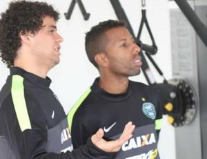 Vitor Júnior Victor Ferraz Coritiba (Foto: Divulgação / Site oficial do Coritiba)